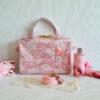De la Rose eesti käsitöö niiskuskindel lilleline riputatav sangadega disainkott
