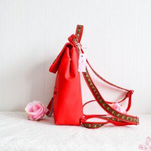 De la Rose seljakotid Eesti disain ja käsitöö, valminud mööblitööstuse kangajääkidest